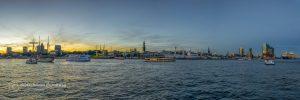 Hamburg Bild Landungsbrücken Schiffstaufe Mein Schiff 6 vor der Elbphilharmonie