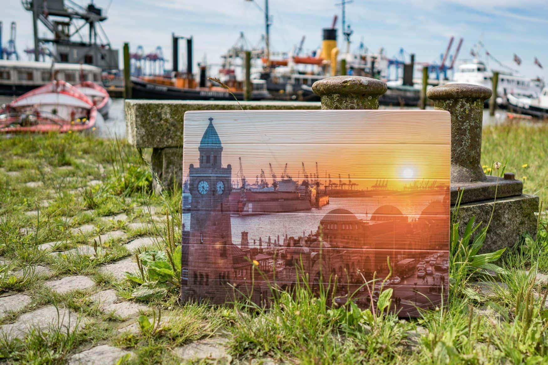 Hamburg Foto gedruckt auf Lattenholz